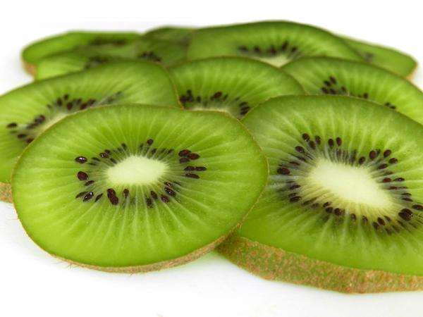 can i eat kiwi skin